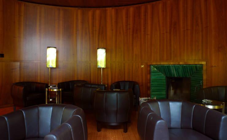 Fumoir Hotel Waldhaus-Sils:  Hotels von Frédéric Dedelley Product Designer ACCD(E)