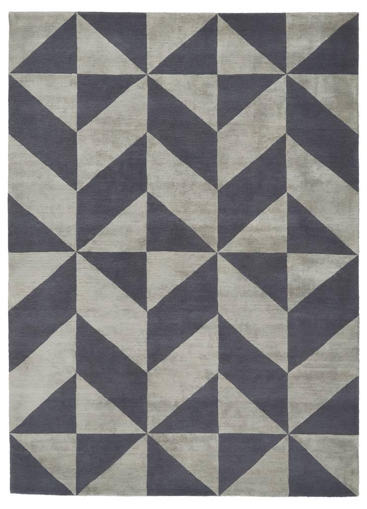 Deirdre Dyson OPTIC hand knotted wool and silk rug:  Walls by Deirdre Dyson LLP, Modern