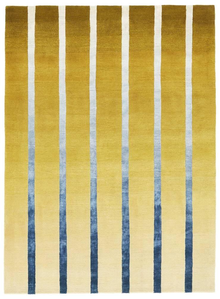 Deirdre Dyson DAWN hand knotted wool and silk rug:  Walls by Deirdre Dyson LLP, Modern