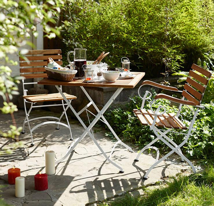 Jardín de estilo  de Rasa en Détail