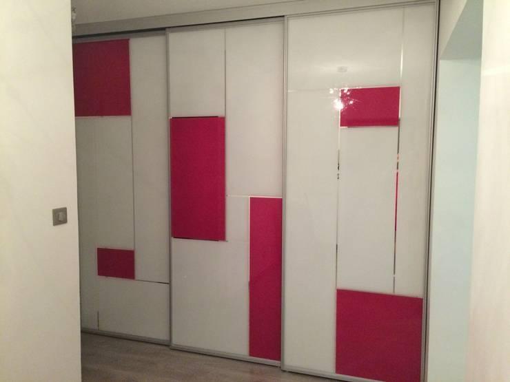 Aprés porte de la chambre:  de style  par Les cuisines d'Arno