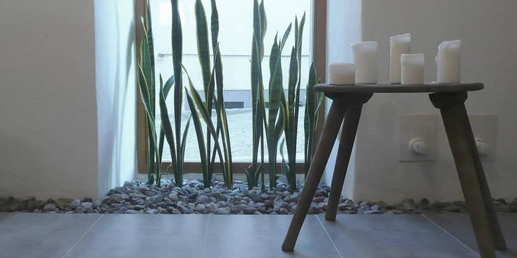 Bathroom by Junghanns + Müller Architekten