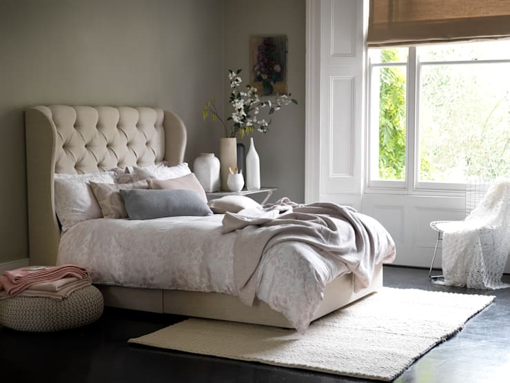 Camelia Divan:  Bedroom by Button & Sprung