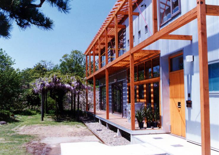 悠久山の家: 一級建築士事務所 有限会社 アーキセッションが手掛けた家です。