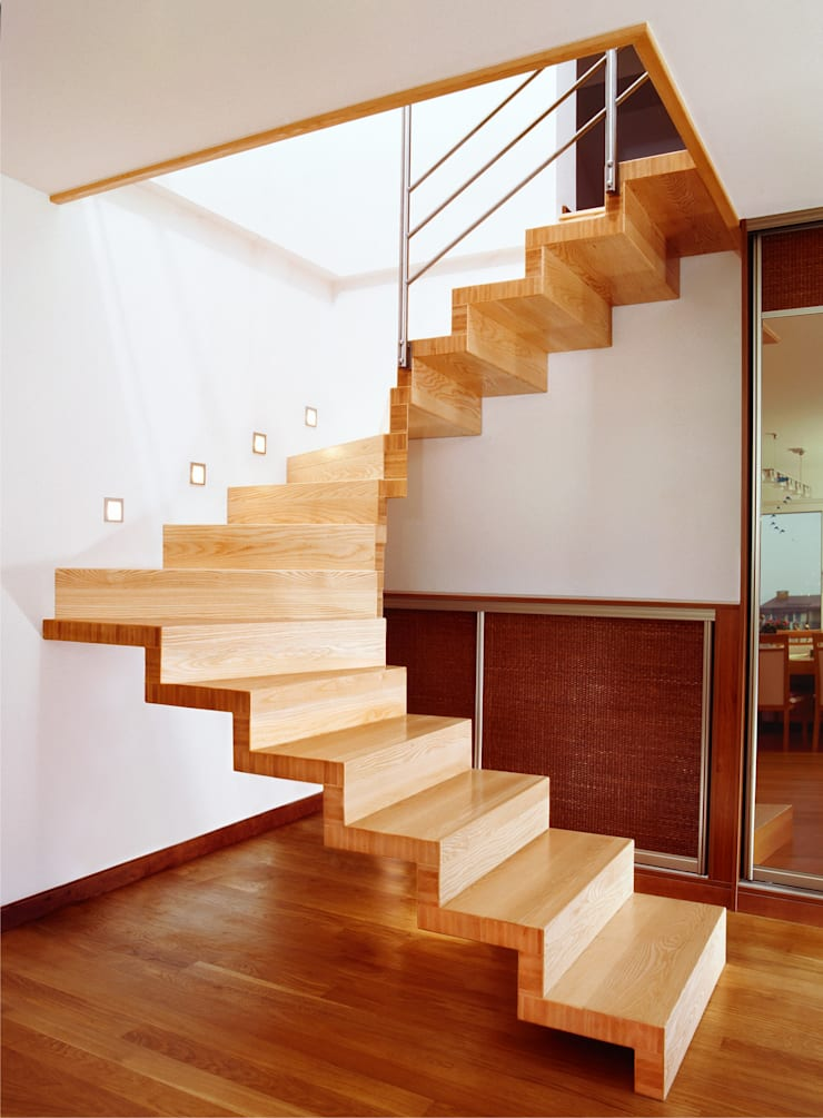 Anna Buczny PROJEKTOWANIE WNĘTRZ  schody: styl , w kategorii Korytarz, przedpokój zaprojektowany przez Anna Buczny PROJEKTOWANIE WNĘTRZ,