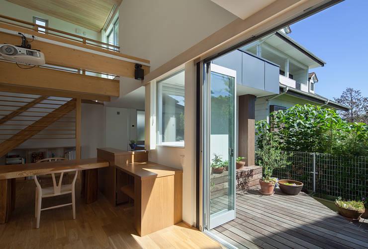 庭: 那波建築設計 NABA architectsが手掛けた庭です。