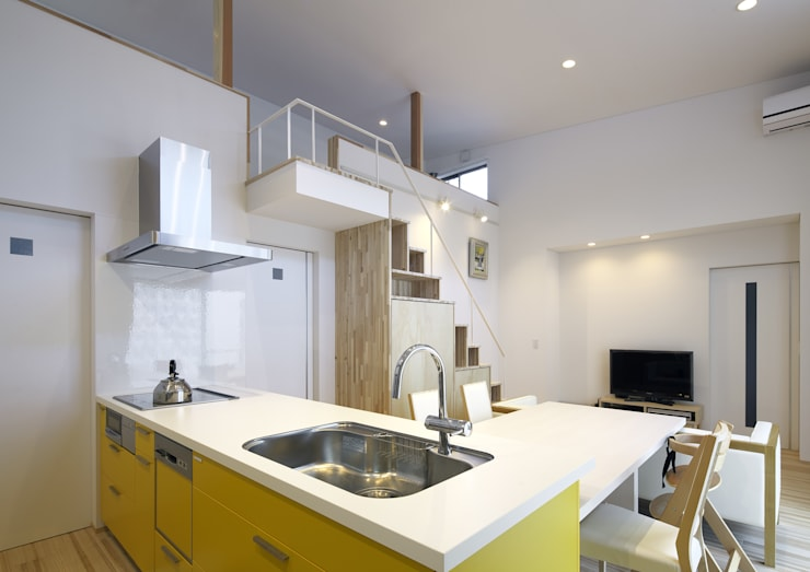 Kitchen by 那波建築設計 NABA architects,