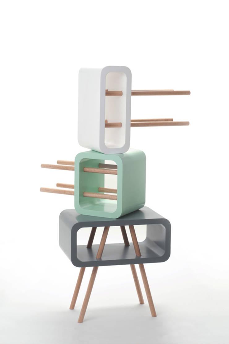 Open Minded:   door Studio Jolanda van Goor, Scandinavisch Massief hout Bont