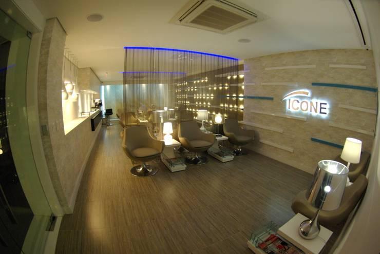 Optometrist Clinic in Recife, Brazil: Clínicas  por André Cavendish e Arquitetos