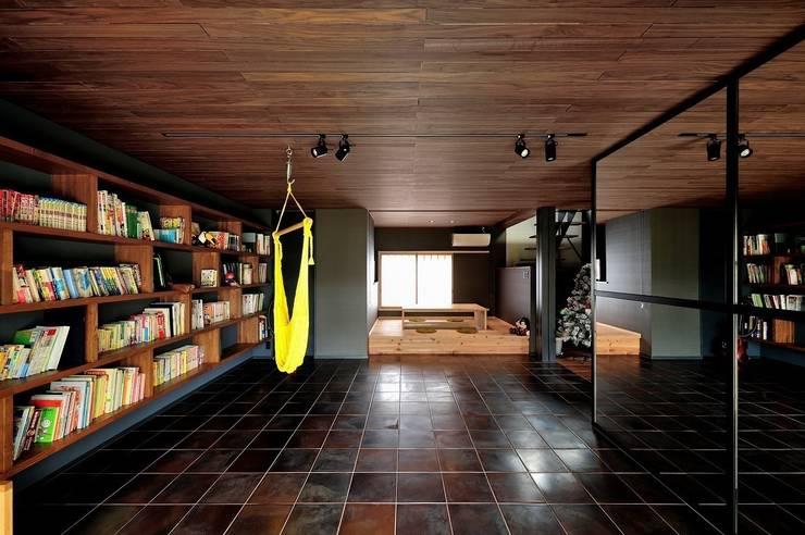 ライブラリー: アトリエセッテン一級建築士事務所が手掛けた和室です。