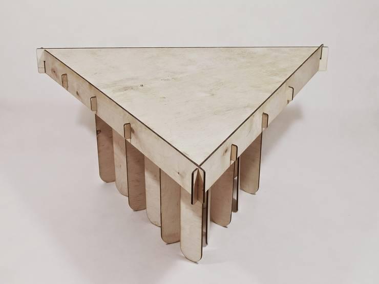 stolik ze sklejki: styl , w kategorii Salon zaprojektowany przez Jakub Piotr Kalinowski