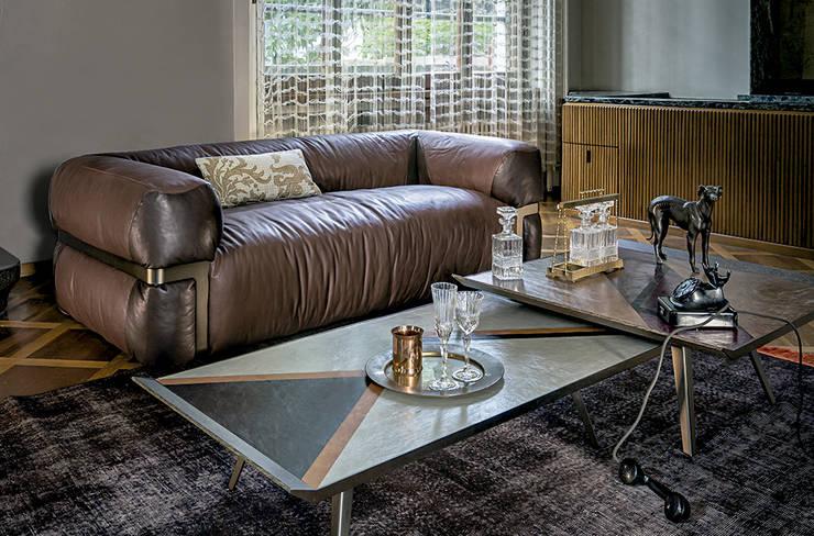 Sofá Lotus de Arketipo: Salones de estilo  de XETAI ALTZARIAK