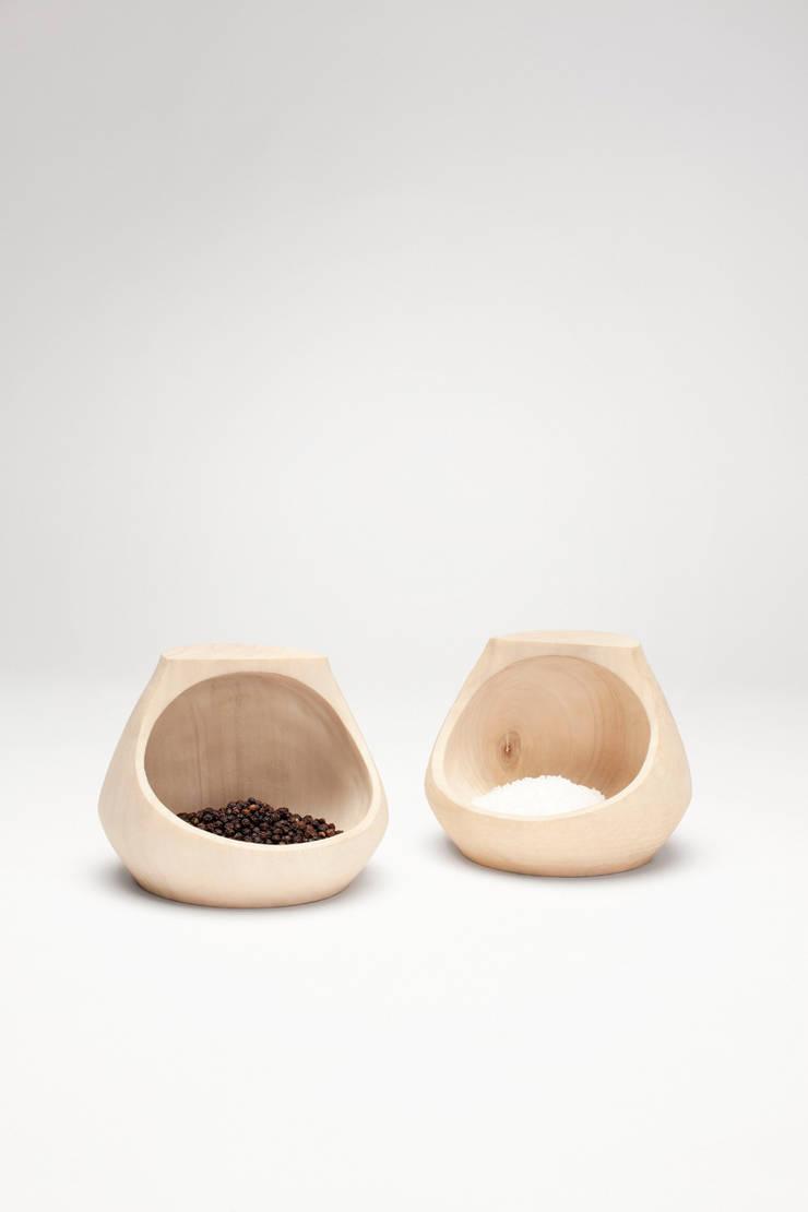 Pepper & salt set:   door Studio Daan Brandenburg