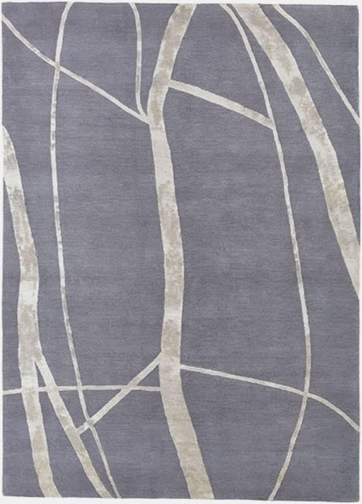 GRAPHIC PEBBLE hand knotted wool & silk rug from the 2014 DESIGNS FROM THE SEASHORE collection :  Living room by Deirdre Dyson LLP, Modern
