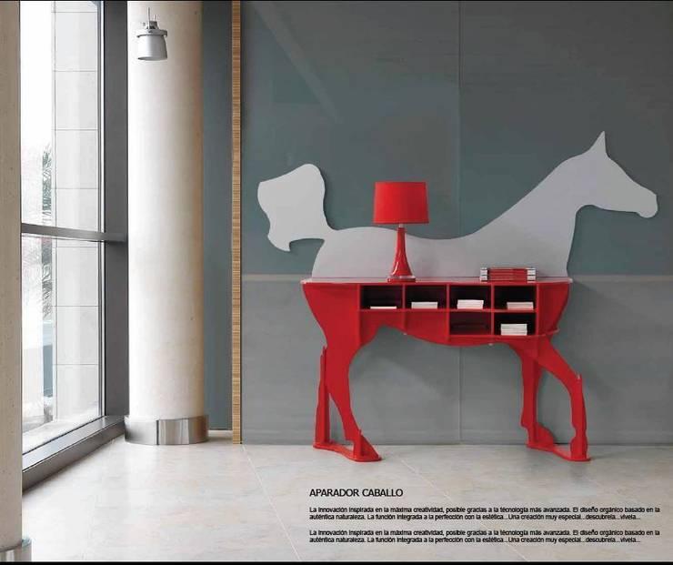 Aparador Caballo: Salones de estilo  de Muebles Nogal Yecla, S.L.