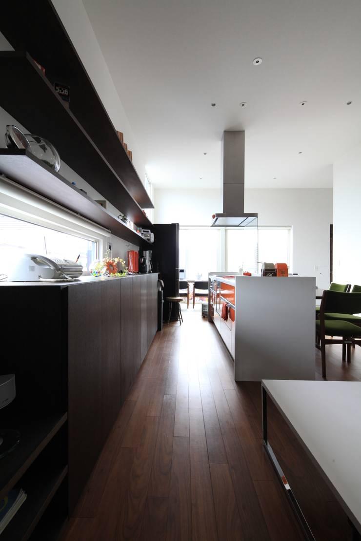 HGCNH: 株式会社コウド一級建築士事務所が手掛けたキッチンです。,