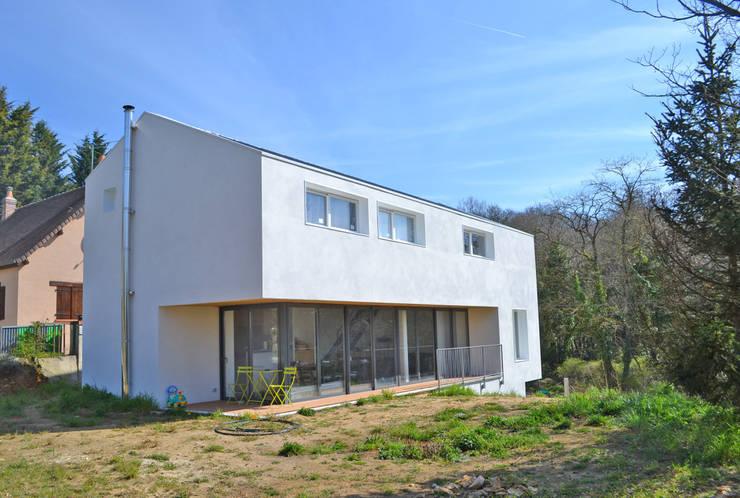 Pavillon revisité: Maisons de style de style Moderne par HTC architecture