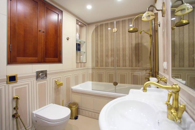 Частный дом в г. Колпино: Ванные комнаты в . Автор – Ivory Studio
