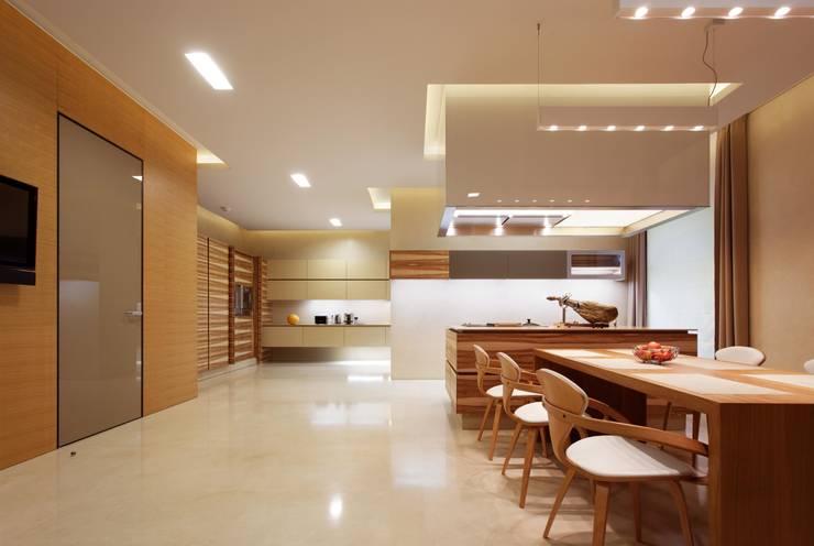 Comedores de estilo minimalista de VOX Architects Minimalista
