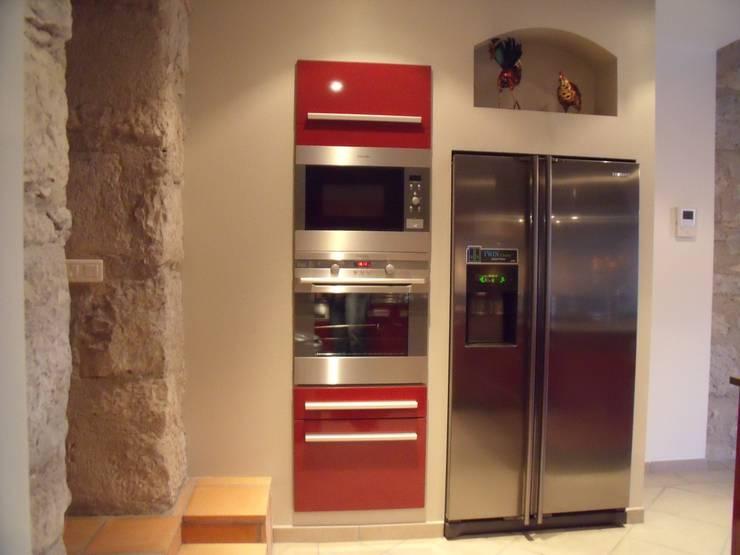 Cuisine restaurée: Cuisine de style de style Moderne par Atelier Cuisine