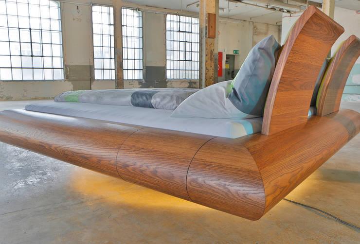 modern  by Schreinerei Haas Mathias, Modern