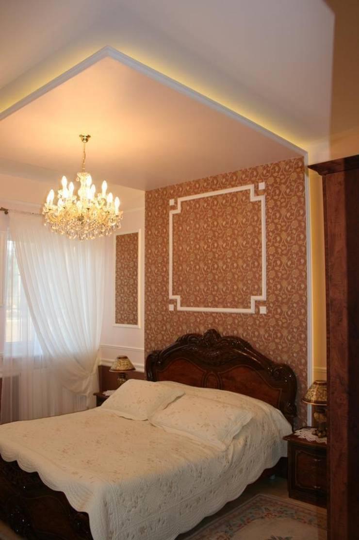 Dom klasyczny: styl , w kategorii Sypialnia zaprojektowany przez 1Architekt Magdalena Mirek-Roszkowska