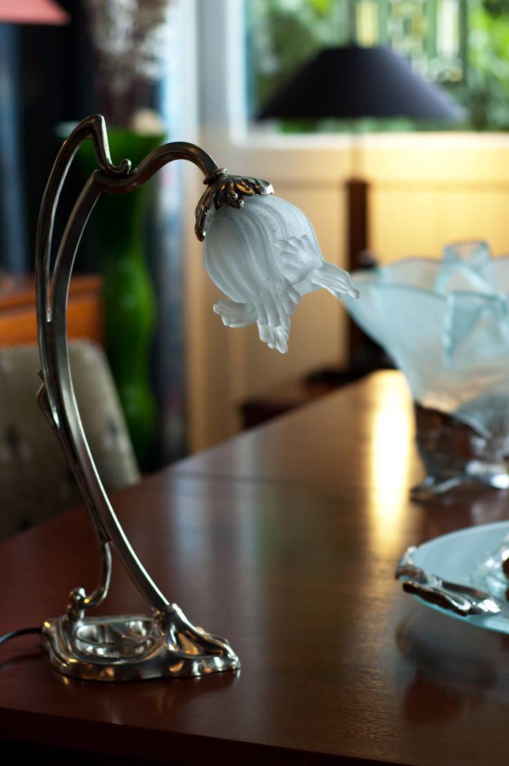 Jugendstil tafellamp:   door De blauwe Deel Webwinkels, Eclectisch