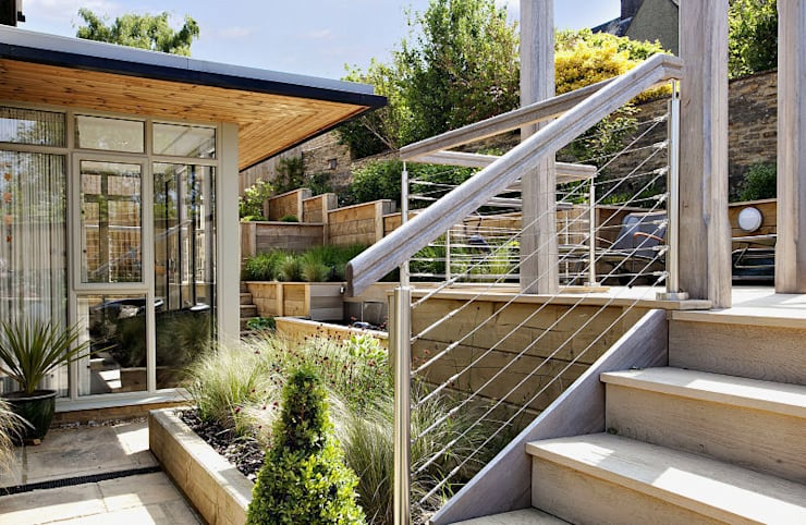 """Steeply sloping garden with decked terraces: {:asian=>""""asian"""", :classic=>""""classic"""", :colonial=>""""colonial"""", :country=>""""country"""", :eclectic=>""""eclectic"""", :industrial=>""""industrial"""", :mediterranean=>""""mediterranean"""", :minimalist=>""""minimalist"""", :modern=>""""modern"""", :rustic=>""""rustic"""", :scandinavian=>""""scandinavian"""", :tropical=>""""tropical""""}  by Susan Dunstall Landscape & Garden Design,"""