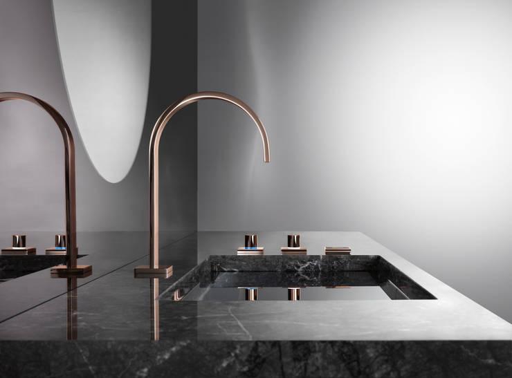 MEM Cyprum von Dornbracht (Design: sieger design):  Badezimmer von sieger design & SIEGER
