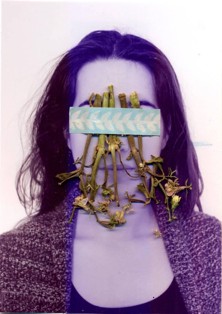 002: modern  door Lianne Louise, Modern
