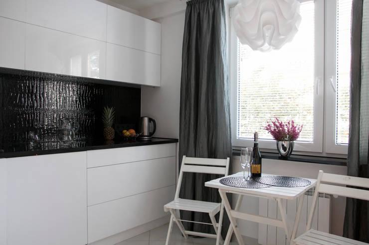 Kuchnia: styl , w kategorii Kuchnia zaprojektowany przez A&A Studio Wnętrz