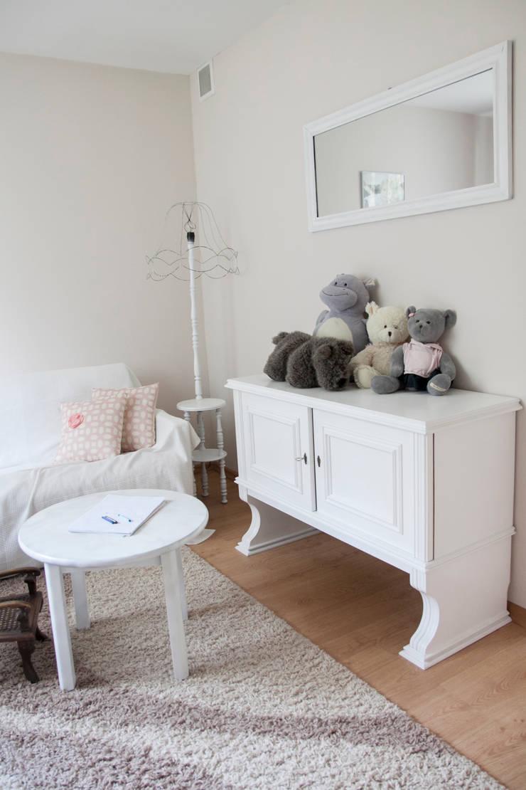 Pokój dziecka: styl , w kategorii Pokój dziecięcy zaprojektowany przez A&A Studio Wnętrz