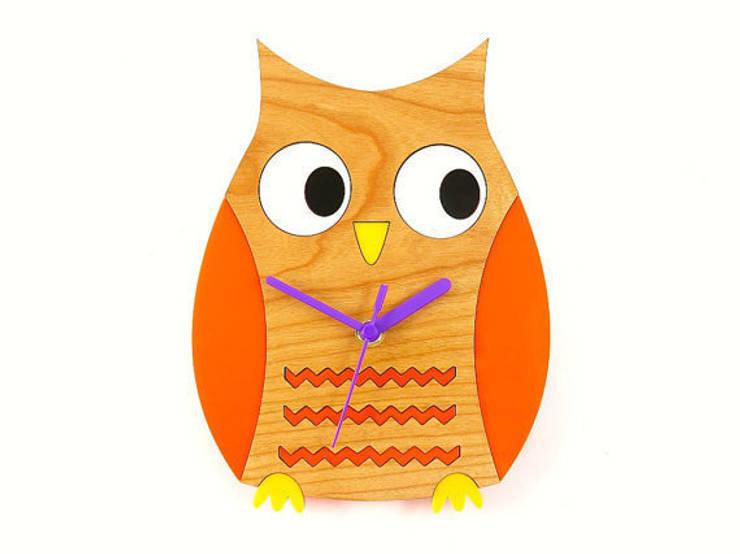 Owl Clock: modern  by BooBoo and Ted, Modern