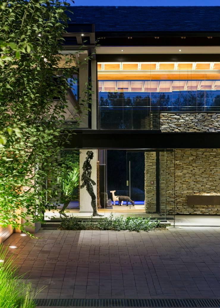 House in Blair Atholl:  Houses by Nico Van Der Meulen Architects , Modern