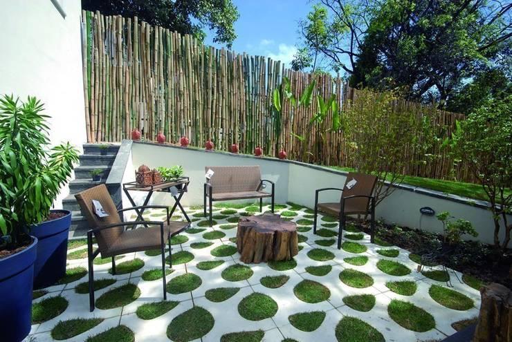Paredes y suelos de estilo moderno de Renata Rubim Design  & Cores