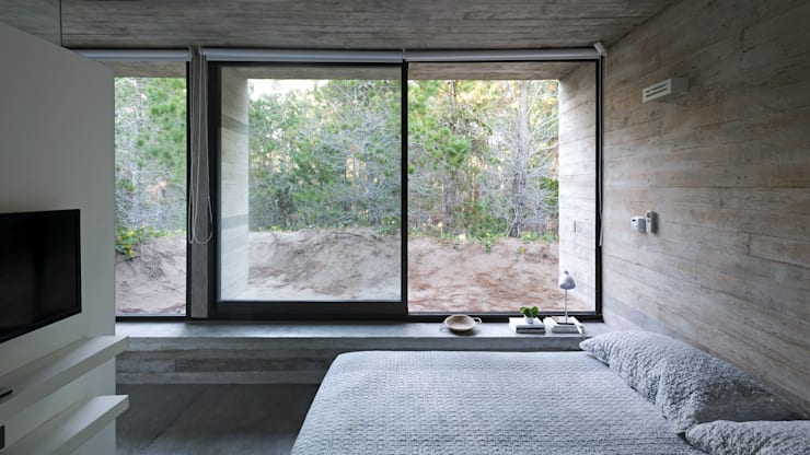 Bedroom by Besonías Almeida arquitectos