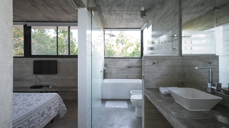 Bathroom by Besonías Almeida arquitectos