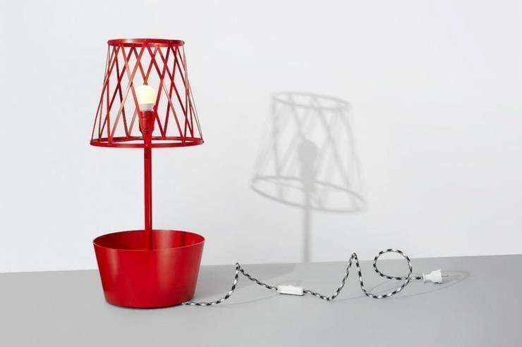 Green lamp: styl , w kategorii Gospodarstwo domowe zaprojektowany przez SIESTA