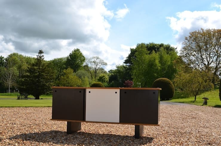 'Casando' Sideboard by Charlotte Perriand: modern  by Flure Grossart 20th Century Design & Interiors, Modern
