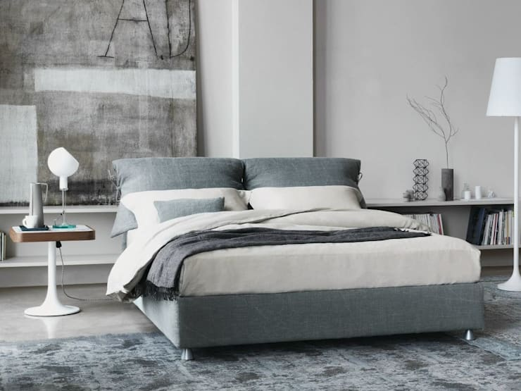 Nathalie Bed by Flou:  Bedroom by Campbell Watson