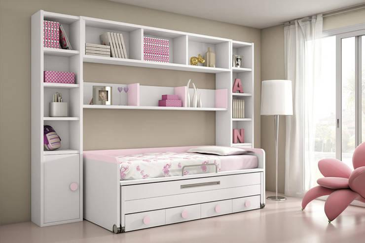 Dormitorio juvenil.: Dormitorios de estilo  de Muebles San Francisco Madrid