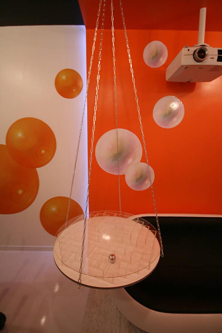 стол - игра-лабиринт: Детская комната в . Автор – artemuma - архитектурное бюро