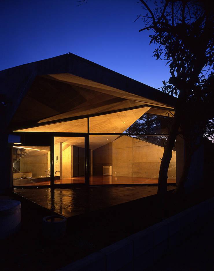 止静と家 モダンな 家 の +0 atelier | プラスゼロアトリエ モダン