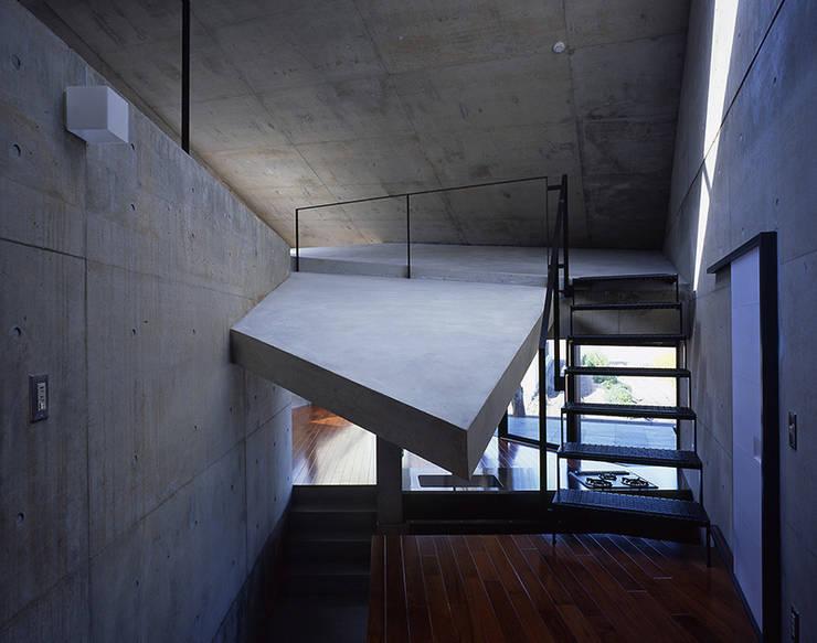 止静と家 モダンスタイルの 玄関&廊下&階段 の +0 atelier | プラスゼロアトリエ モダン