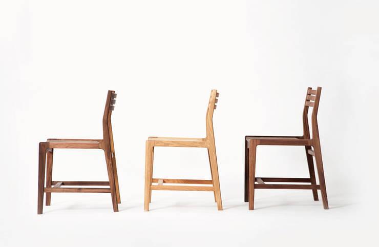 chair 01: STANDARD.a의  다이닝 룸
