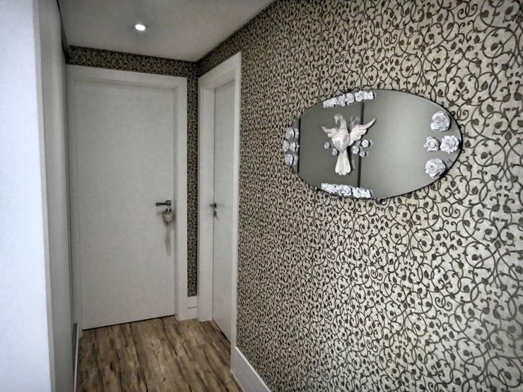 Corridor & hallway by Gabriela Herde Arquitetura & Design