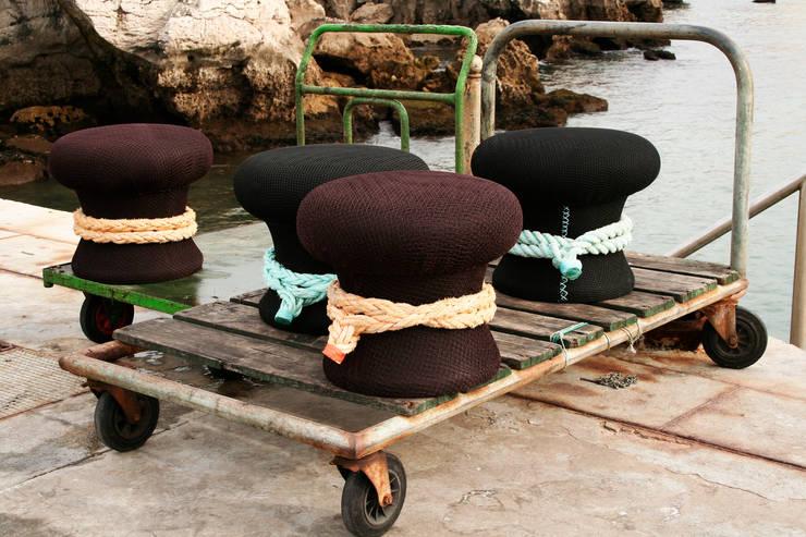 Noray Interior: Vestidores de estilo  de JUAN ARES Marine Design