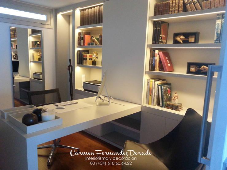 Despacho privado: Estudios y despachos de estilo  de Carmen Fernandez Interiorismo y Eventos