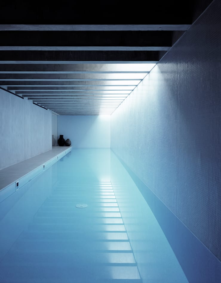 The Long House:  Pool by Keith Williams Architects, Minimalist