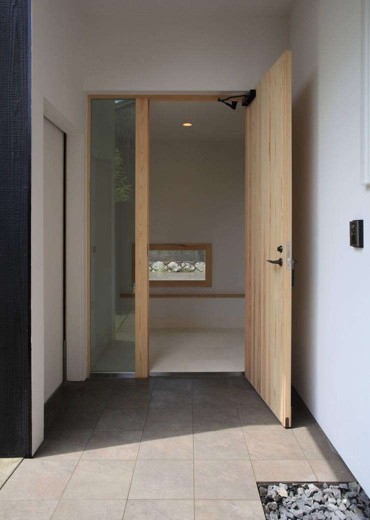 Houses by スミカデザインオフィス, Modern